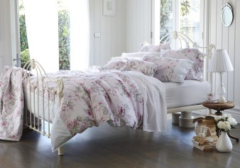 Hero_A_2013_sleep_bedlinen_Belrose_quiltcover_queen_backofpack_HR_3